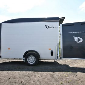 single axle box van trailer rear door open