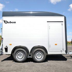 dual axle box van trailer with side door