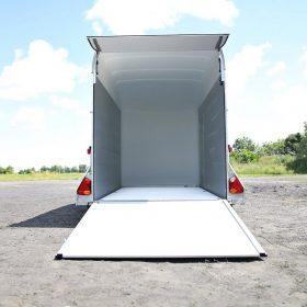 dual axle box van trailer with rear door / ramp down