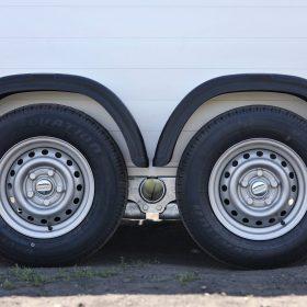 dual axle on box trailer